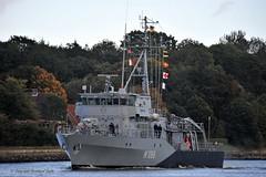 M 1068 Minensucher Datteln (Bernhard Fuchs) Tags: water boot boat nikon marine ship military ships navy vessel schiffe nok militaryship kielcanal bundesmarine sehestedt marineschiffe natoship