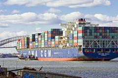 r_151123248_skelsisl_a (Mitch Waxman) Tags: newyorkcity newyork ship cargo tugboat statenisland moran newyorkharbor bayonnebridge killvankull johnskelson