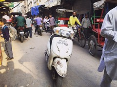 Don't You Know Who's My Dad! (Mayank Austen Soofi) Tags: traffic delhi scooter walla brash