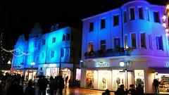 FassadenLeuchten (QQ Vespa) Tags: city light art licht illumination haus event installation farbe innenstadt fassade lichtobjekt lightart fassaden lichtinstallation lichtkunst ffentlicherraum