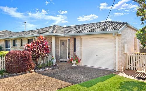 17 Lake Road, Port Macquarie NSW 2444