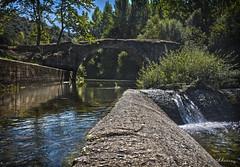 Puente Mocho HDR. N 160 (Yon Ibarrra) Tags: puente bridge agua water rio river arbol tree dam la rioja espaa europa verde green reflexion reflejos nature naturaleza paisaje landscape