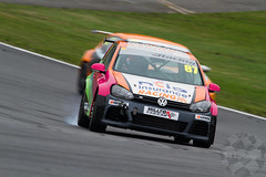 MSVR Volkswagen Racing Cup Team Hard Racing VW Golf (motorsportimagesbyghp) Tags: brandshatch motorracing motorsport motorsportvisionracing msvr touringcar teamhardracing autosport vwgolf jessicahawkins