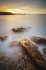 Y de nuevo aqui...... (Mplanells) Tags: sacaleta agua mar costa marina