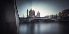 Berlin - Berliner Dom Sunrise (030mm-photography) Tags: rot berlin skyline dom panorama berlinerdom church cathedral kathedrale sacral sakral gebudespree himmel clouds skymuseumsinsel friedrichsbrckealtenationalgalerie hackeschermarkt city cityscapemitte lustgarten