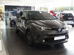 New Toyota C-HR (harry_nl) Tags: netherlands nederland 2016 veenendaal toyota chr vangent showroom