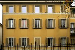 Windows (Alfredo Liverani) Tags: finestra finestre window windows fenster europa italia italy italien italie emiliaromagna romagna faenza faventia faience faenza2016 project project2016 3332016 project365 oneaday photoaday pictureaday project36554 project365112816 project36528nov16 canong5x canon g5x dwwg architecture building
