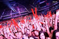 The Crowd_05@Barclaycard Center (Roberto Fierro) Tags: madrid music festival concert live concierto amelie benjamin cocacola calum maverick palaciodelosdeportes larock thetide jakemiller tonyaguilar sweetcalifornia ccme theconcertinconcert robertofierro cocacolamusicexperience iggyazalea mariojefferson currice jacobwhitesides critikaysaik barclaycardcenter manudeffer nathansikes