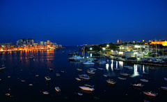 Mediterranean Blue Hour: 15th of September 2015, 18:44h (Andy von der Wurm) Tags: trip vacation dark island evening coast harbor europa europe waterfront nightshot harbour outdoor urlaub peaceful malta boote insel silence bluehour hafen soe schiffe dunkel reise nachtaufnahme kste sliema valetta langzeitbelichtung kueste manoel blaue abends ruhe longtermexposure stunde hobbyphotograph spiritofphotography andreasfucke andyvonderwurm