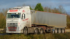 YN64 LCU (panmanstan) Tags: road england truck wagon volvo motorway yorkshire transport lorry commercial newport vehicle fh freight bulk m62 haulage hgv