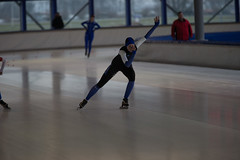 A37W7476 (rieshug 1) Tags: speedskating schaatsen eisschnelllauf skating nkjunioren knsb nkjuniorenallroundafstanden afstanden allround 50010001500massstart demeent alkmaar sportcomplexdemeent juniorenb ladies dames 1000m