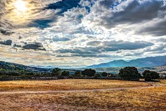 Cloudy Day (Juaberna) Tags: sky cielos nubes clouds hdr field campo mountains montaas lanscape natural paisaje