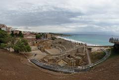 Amfiteatre de Tarragona (Escipi) Tags: amfiteatre tarragona unescoworldheritage sea mediterraneo fisheye samyang8mmf35