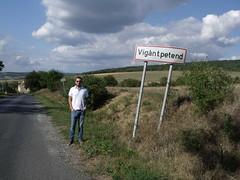 Vigntpetend (Norbert Bnhidi) Tags: veszprmmegye veszprm vigntpetend tbla nvtbla helysgnvtbla teleplsnvtbla helysgnv sign namesign placenamesign placename tafel ortstafel ortsname