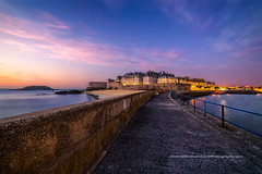 Sunset  Saint Malo (Gilles Bourdreux Photographie) Tags: france bretagne blending saint malo reflets sunset cityscape city ciel intra muros quai ngc