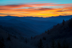 Of Blue Ridges and Smoky Mountains (Jon Ariel) Tags: smoky mountains blue ridge northcarolina nc gsmnp sunrise