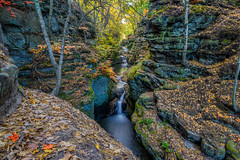 Pewit's Nest waterfall (Paul Domsten) Tags: pewitsnest waterfall outdoor wisconsin nature pentax landscape water river stream autumn fall color beauty leaves trees baraboo
