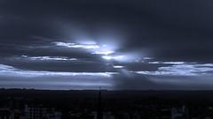 IMG_4265 Light beams before sunset (mono) (Rodolfo Frino) Tags: mono monochromatic sunset sky sun ray light shadow sunshine mardelplata argentina wow