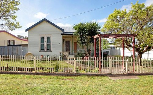 23 Percy Street, Junee NSW 2663