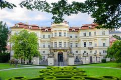 Deutsche Botschaft Prag_01 (Uwe1112) Tags: uwe1112 uwebrandt urlaub 2014 reinfeld nikon d5100 botschaft prag