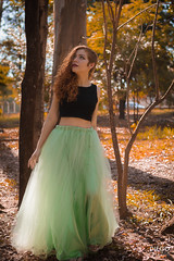 Nick-7 (Diego Oliveira Fotografo) Tags: orange green naturallight 50mm orangehair forest greenskirt canon campinas