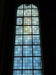 magic window (Jörg Paul Kaspari) Tags: klosterhimmerod magic kloster himmerod eifel vulkaneifel blau blue window blaues fenster kirchenfenster minimal art quadrat quadratmuster muster raster puristisch minimalistisch pixel