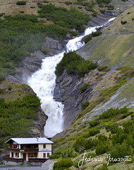 strada per il passo dello stelvio (federicomazzetto) Tags: passo dello stelvio montagna acqua cascata fiume passodellostelvio