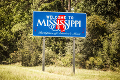 Welcome to Mississippi (Thomas Hawk) Tags: america mississippi usa unitedstates unitedstatesofamerica