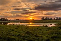 Solnedgång vid Bosarps Jär (MagnusBengtsson) Tags: skåne natur himmel sverige sommar solnedgång landskap sjö moln abigfave jär bosarp fotosondag fs150830 skiftningar bosarps