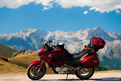 Picos de Europa (DOCESMAN) Tags: bike honda moto motorcycle motor picos deauville motorrad picosdeeuropa motorcykel moottoripyörä motocykel motorkerékpár nt700v ntv700 docesman mototsikl danidoces