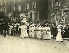 Edith New and Mary Leigh's carriage being pulled from Holloway to Queen's Hall, 1908.