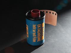 Kodak Ektachrome Infrared (Film-Love) Tags: canon photos films 35mmfilm digitalcamera accessories colorinfrared canonef2470mmf28lusm digitalimages lenses kodakfilm cameragear infraredfilm kodakektachromeinfrared canoneos5dmii colorreversalfilmscolorslidesfilm autofocuslenses e4films kodakektachromeinfraredie