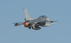 General Dynamics F-16D Fighting Falcon (Boushh_TFA) Tags: turkey airport nikon force general eagle air 300mm f16 falcon fighting nikkor f28 dynamics turkish kya konya trk hava 20151 f16d vrii d7100 ltan kuvvetleri antolian 890044