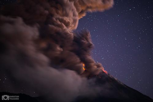 Volcanic lightning - Volcán de Colima, México