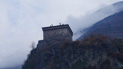 Castello di Verres - Val d'Aosta (Italy) (luca_margarone) Tags: europe europa italia italy val aosta castello chateaux medievale medieval verres historic storico symbolo symbol nubi clouds inverno winter mountains montagne nord north