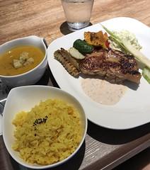 #roast #chicken #pumpkin #soup #shinyi #district #taipeilife #taipeibeauty (katewang1) Tags: roast chicken pumpkin soup shinyi district taipeilife taipeibeauty