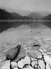 Hm Ln (Nam Vu Ha) Tags: scsn sc sn h ni april 2016 pentax645 smc 35mm ilford hp5 noritsu hs 1800 landscape film analog pentax 645