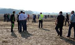 08-IMG_1827 (hemingwayfoto) Tags: acker ausstellung besucher europa feld kartoffel kartoffel1 messe spur