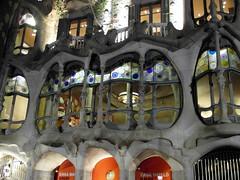 barcelona casa battlo (3) (kexi) Tags: barcelona catalonia spain europe gaudi architecture windows night evening famous casabattlo samsung wb690 september 2015 instantfave