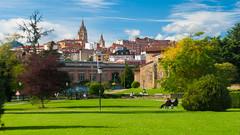 Maana de domingo II (Oscar F. Hevia) Tags: domingo parque sol otoo sunday park sun autumn santullano sanjuliandelosprados asturias asturies espaa oviedo principadodeasturias spain uvieo uviu santuyano otoo espaa uviu