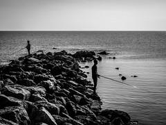 PA300036.jpg (francis_bellin) Tags: rocher bouchesdurhne pcheurs mermditerrane 2016 octobre mer lessaintesmariesdelamer bouchesdurhne mermditerrane pcheurs