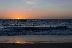 Detalles sin importancia 2 (lamujerverdeverde) Tags: mar elmar mimar playadesantamariadelmar cádiz puestasdesol playa