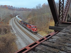 CP 9758 and 9753 (Trains & Trails) Tags: cp 9758 unstoppable ac44cw canadianpacific q27622 autorack train railroad widecab ge generalelectric engine locomotive diesel transportation pennsylvania connellsville fayettecounty
