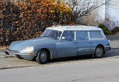DH-35-84 (azu250) Tags: citroen ds break