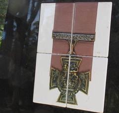 VC reproduction on mountain summit (spelio) Tags: manning shire laurieton north mountain views travel nsw australia oct 2016 ww1 first world war memorial remote