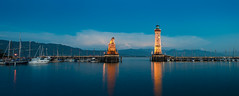 Lindau - Hafeneingang (h.gowik) Tags: faro urlaub bodensee wasserburg blauestunde 2015 leuchturm