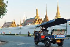 Tuk Tuk-4 (kluayzy8) Tags: thailand bangkok buddha transport grandpalace tuktuk wat emerald multi bkk dossier phrakaew