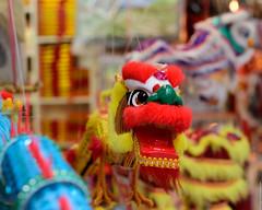 The scary dragons! (李甘特 Li Gan Te) Tags: street city shop zeiss hongkong town nikon shots availablelight passing through february streetview 2015 d810 zf2 otus1455