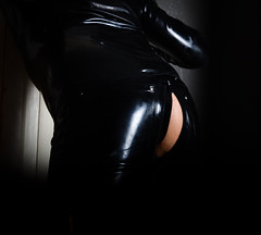 Catsuit (Bella-Bonjour) Tags: bdsm spandex rubber erotic sensual adult underwear playtime adultfun gay catsuit