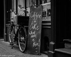DSC_0043 (Spacegunk) Tags: cambridge coffee cake cafe university colleges chalkboard teashop
